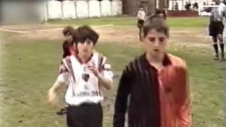 نادر جدا - شاهد ميسي فى بداية مشواره الرياضي في طفولته - Messi as a child