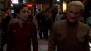 DS9 - Odo and Kira First Kiss