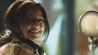 Sneha's Funny Scene While Dubbing - Un Samayal Arayil Latest Tamil Movie Scene