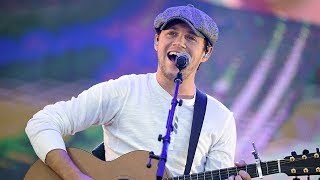 """Niall Horan Says One Direction Reunion Would Be """"Weird"""" & Reveals THIS"""