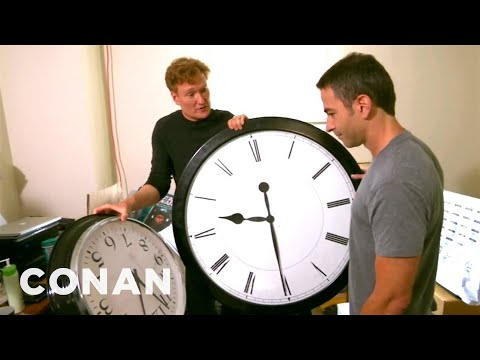 Xxx Mp4 Conan Catches Jordan Schlansky Coming In Late 3gp Sex