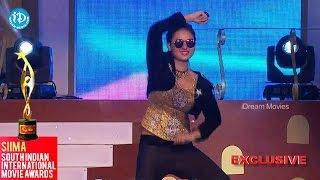 Amulya Beautiful Dance Performance || SIIMA 2014 Awards, Kannada