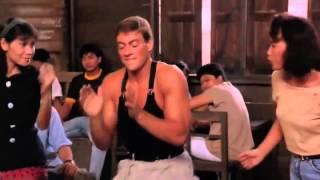 Van Damme bailando
