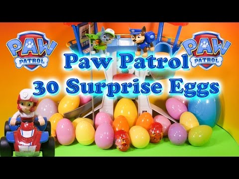 PAW PATROL Nickelodeon Paw Patrol 30 Toys Candy Surprise Eggs a Paw Patrol Video