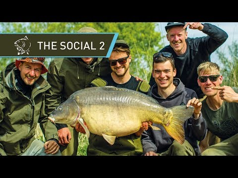 CARP FISHING 🐟 CATCHING GIANT CARP at THE SOCIAL 2 - FULL MOVIE