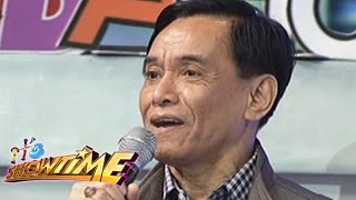 It's Showtime: Gus shows his talent in TrabaHula
