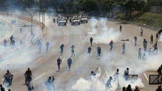 Tucker: Venezuela teaches the value of the Second Amendment