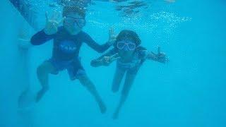 Kids First Underwater Swimming Lessons   Familia Diamond