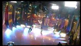 Showmatch 2007 - Paula al ritmo de la cumbia