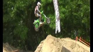 Vespa Freestyle- Nicola L'impennatore- jump