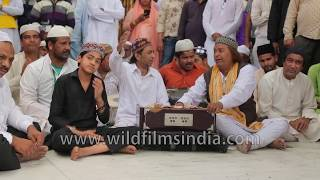 Qawwals sing in ecstasy at the holy complex of Ajmer Sharif Dargah during Urs | Rajasthan