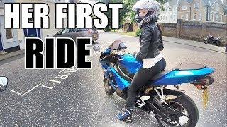 Girl Rides my Kawasaki Ninja ZX6R   Girls FIRST TIME on a SportBike