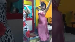 رقص منزلي جامد بقمص نوم
