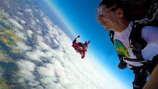 I went Skydiving and it went VERY wrong..