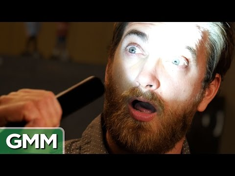 5 Weird Ways To Make Yourself Sneeze
