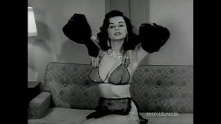 Dorian Dennis vintage burlesque striptease 2