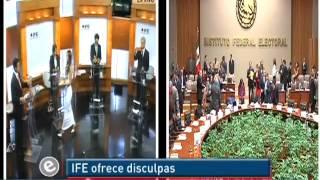 El IFE se disculpa sobre la vestimenta de edecán