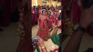 Awesome  Bridal marriage dance  - funny video - Indian wedding