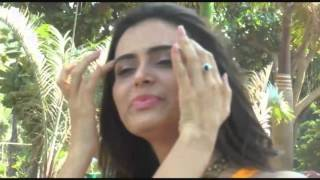 Photo Shoot of Actress Meenakshi Dixit For Her Upcoming Movie 'Yeh Lal Rang' - Full show