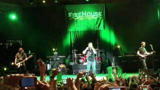 Firehouse live in Singapore (HD)(i live my life for you)