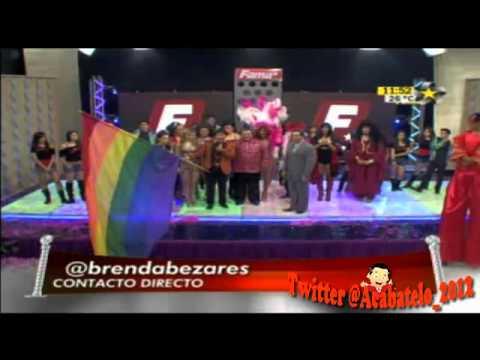 Premios Fama 23 02 12 Temo Mendez con las Hashtags Etapa de canto y Entrega de Portada
