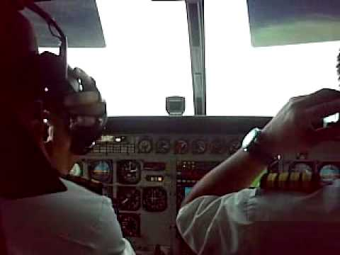 Pilot Using Cellular Phone on The Plane