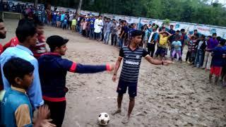 jessore ,pulerhat Primary School.mathe,,.foot ball ..game...mondolgati,,win
