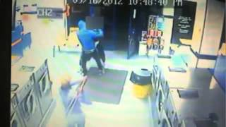 Laundromat robbers beat victim with poles