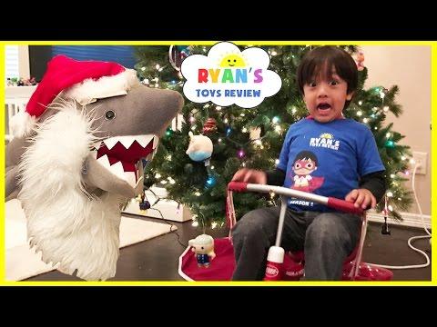 Bad Santa Pet Shark Attack Magic transform into Christmas Present Kid Prank Toy Shark eat Snack