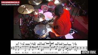 Aaron Spears: Short Drum Fill (Transcription and Slowmotion)