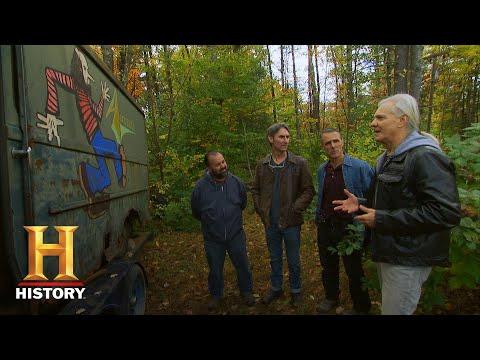 American Pickers: Ray Tabano Authenticates the Original Aerosmith Van (Season 19)   History