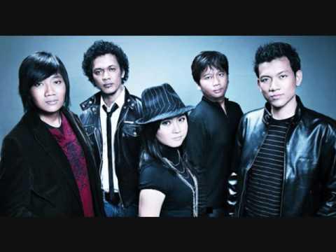 Download Lagu Base Jam - Bukan Pujangga (Plus Lirik) MP3