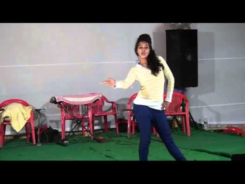 Aankh Mein Kajra Hoth Pe Laali Hot College Girl Stage Dance