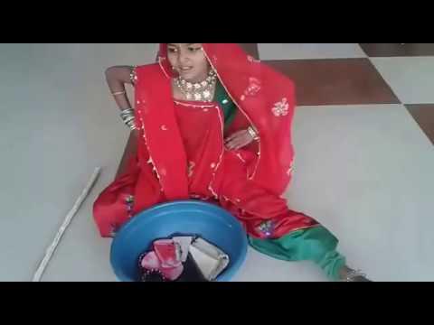kangsadi roll of primary school girl in gujarati natak in Bhavnagar, gujarat, india