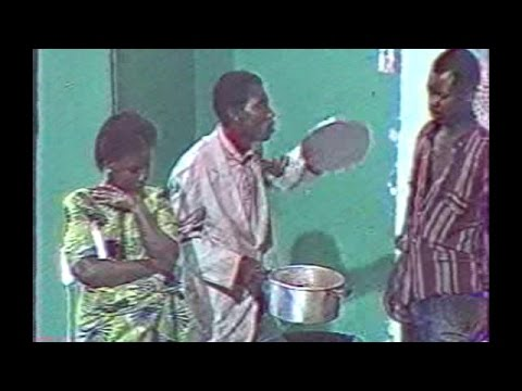 Théâtre Congolais groupe Nzoyi Bolingo ya Intérêt