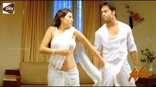 Actress Sadha Hot Saree Songs    Travel Diaries