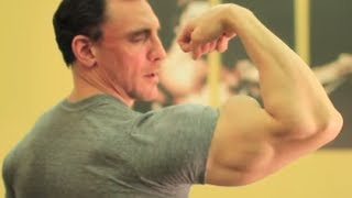 How to Get Big Arms Simple Exercise for Biceps with Victor Costa Vicsnatural