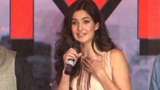 Katrina Kaif wants to KISS Kareena Kapoor