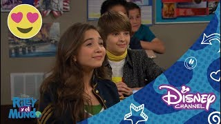 Disney Channel España | Riley y el mundo - Riley y la primera cita