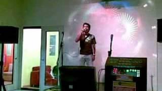 Joe Lamont ♥ Victims of Love ♥ Karaoke version Live..!