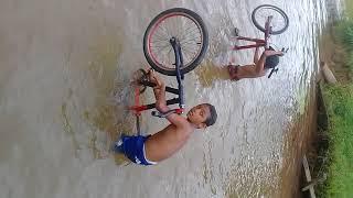 vou banhar no Riu  ( parte 2
