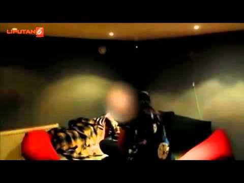 Guru TK Tertangkap Kamera Sedang Bekerja Sampingan Sebagai PSK