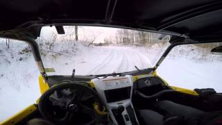 Yamaha YXZ1000R ripping around on the snow and ice