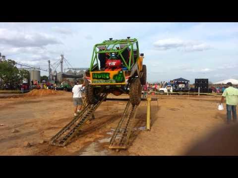 Rusti trial Team hulk en el tigre