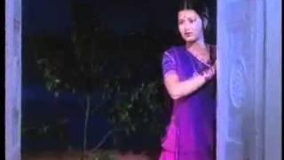 YouTube        - Mangal Bhavan - Urmilla Bhatt & Sachin - Geet Gata Chal.mp4