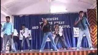 Amazing Dance On Hrithik Roshan (Krazzy 4)