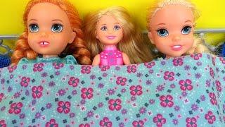 SLEEPOVER ! Painting Nails- ELSA & ANNA toddlers - Burned Cookies - Tea Party - Chelsea, Barbie