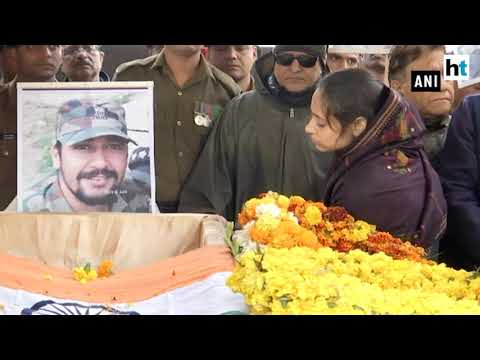 Xxx Mp4 'I Love You ' Says Wife Of Pulwama Martyr In Heartbreaking Farewell 3gp Sex