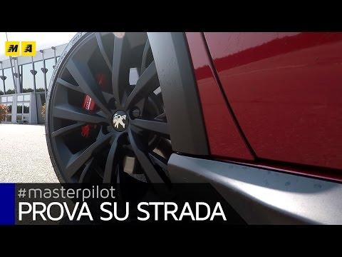 Peugeot 208 GTI by Peugeot Sport 2017 meglio lei o la Fiesta ST Test drive