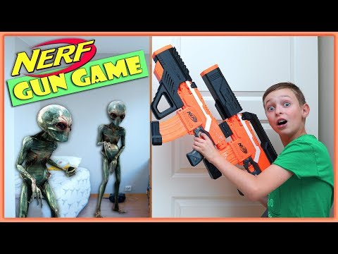 NERF GUN GAME ALIEN INVASION meets NERF Extraterrestrial Creature Nerf Battle